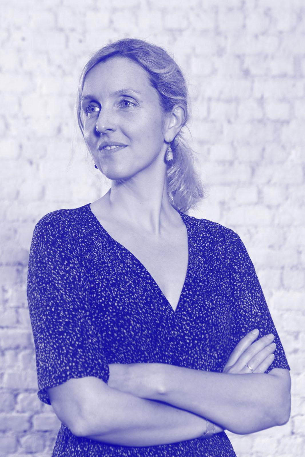 prof.-dr.-Catherine-Van-de-Heyning-Artes-blue